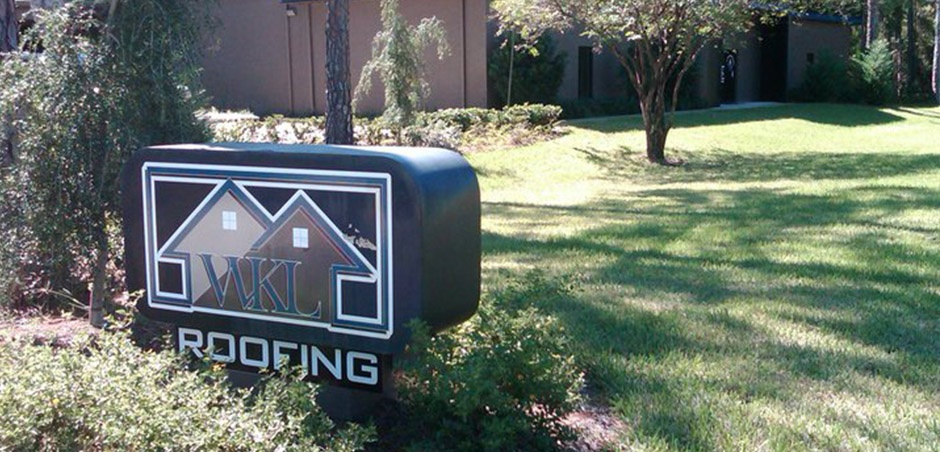 WKL Roofing Sign